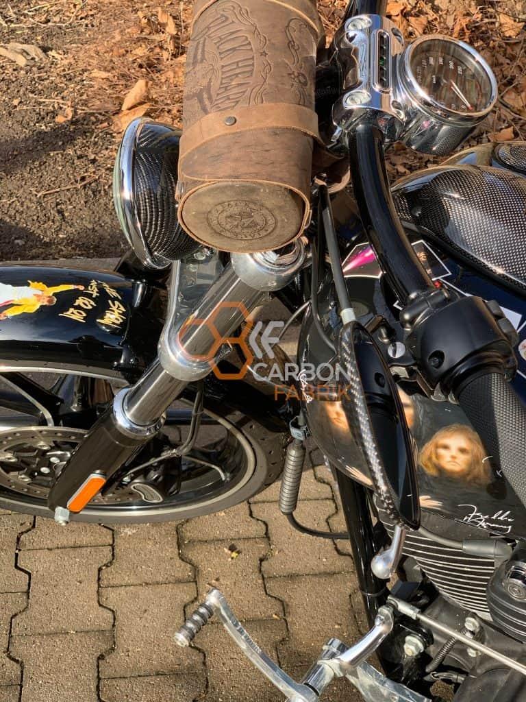 Harley Davidson Breakout Carbon Scheinwerfer Spiegelkappen