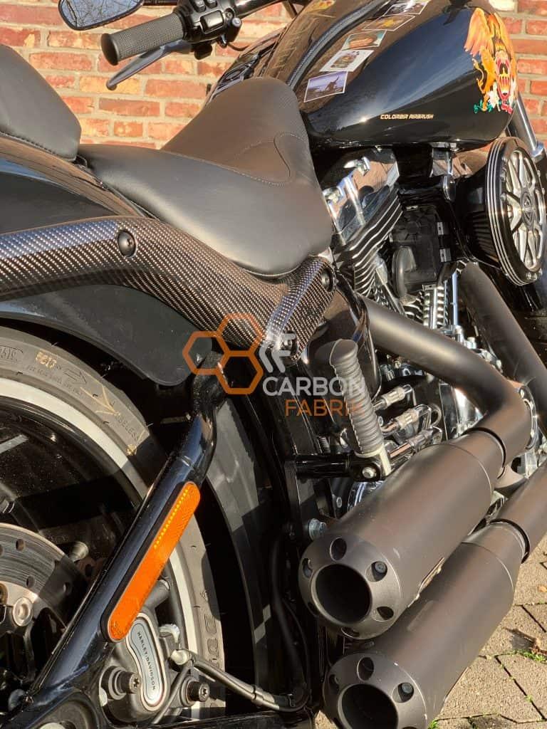 Harley Davidson Breakout Carbon Fenderstruts Logo