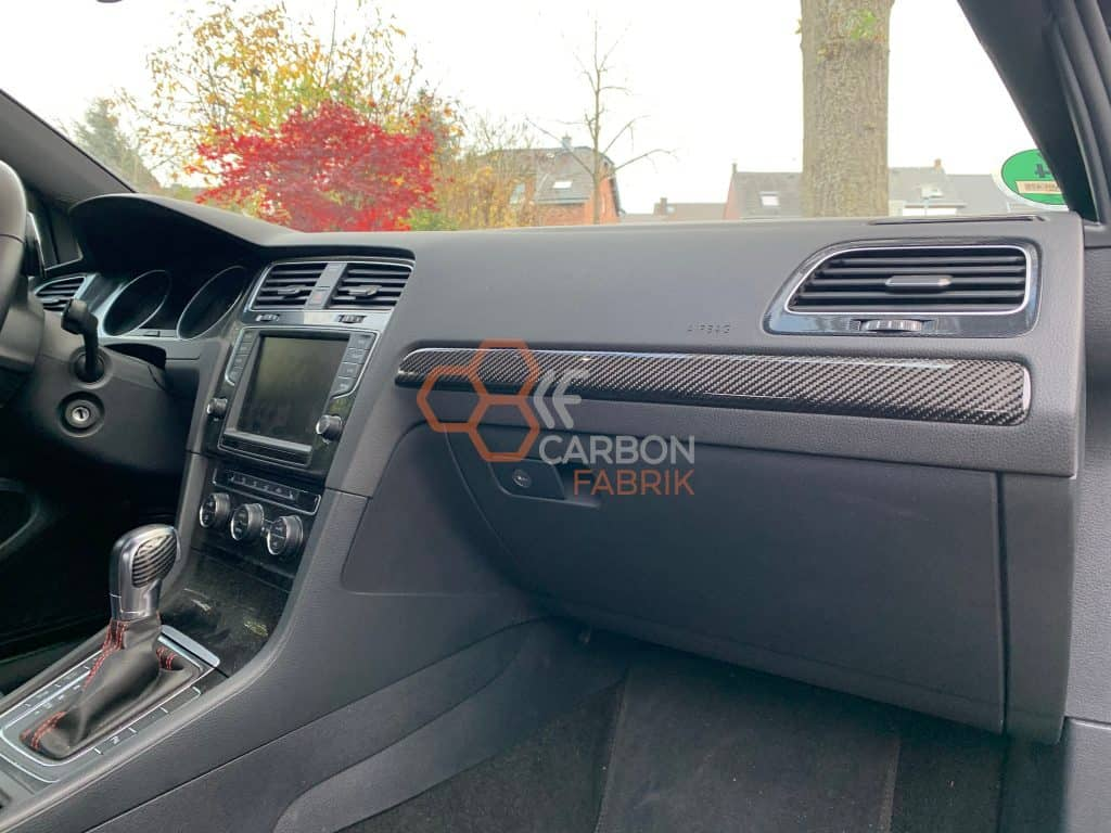 VW Golf 7 Carbon Dekorleiste2