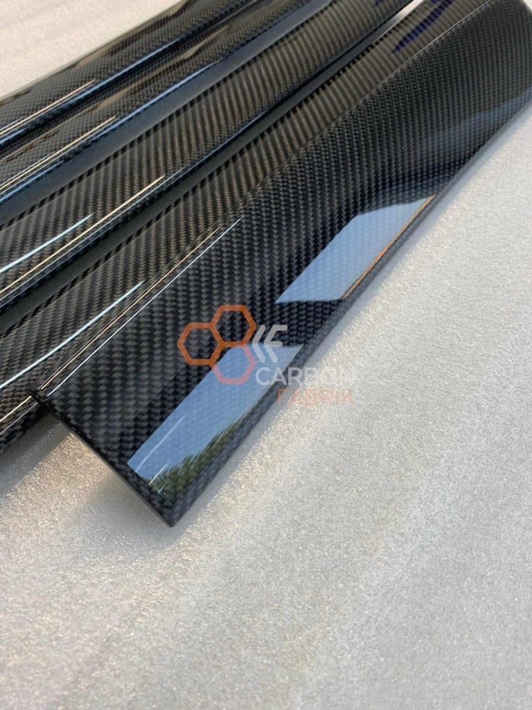 Audi-A6-C5-4B-Carbon-Dekorleisten-Interieur-Interior-1